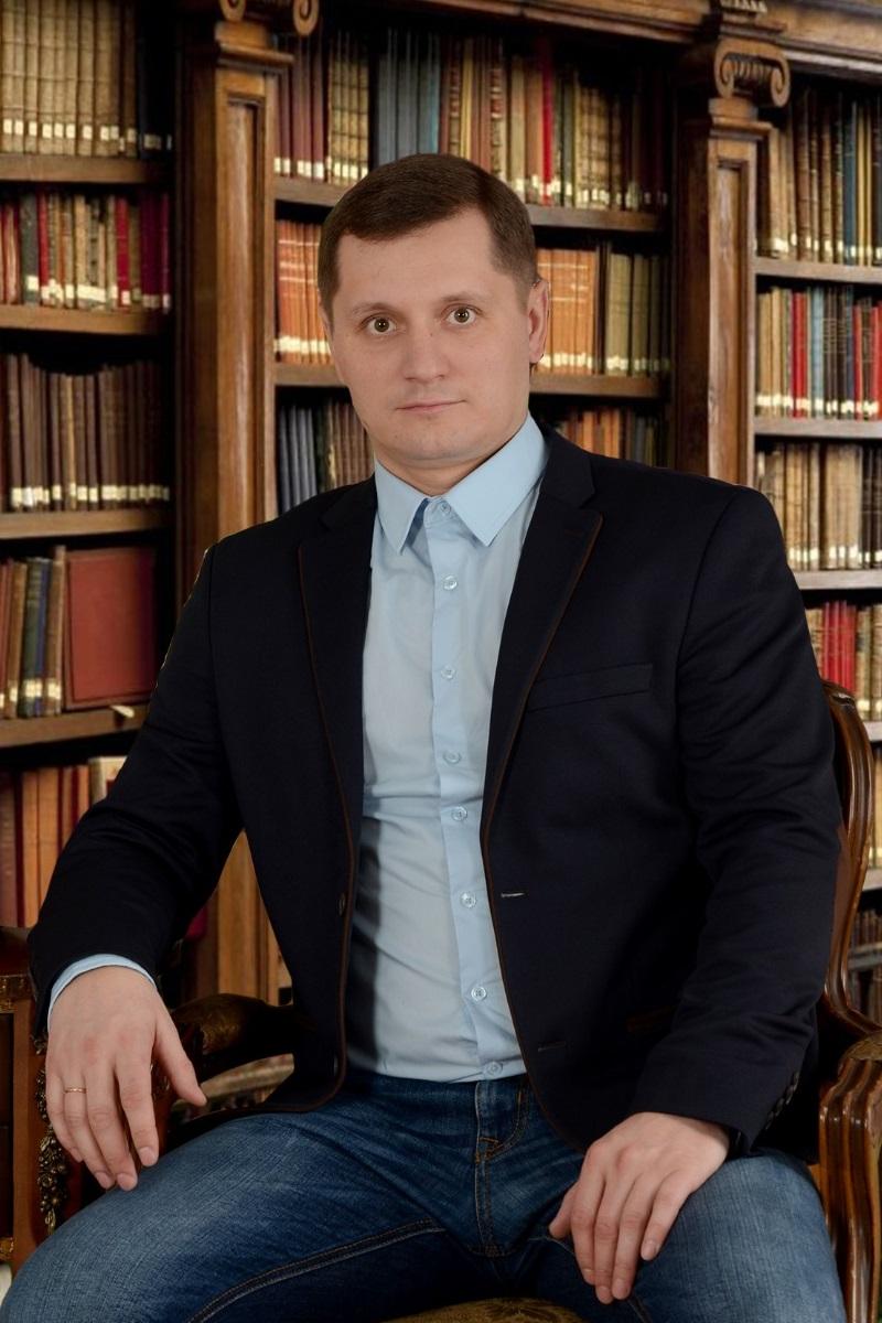 Дмитрий Сотник
